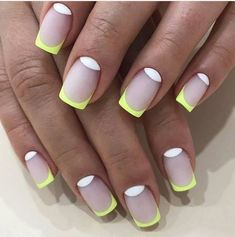 Nail Shapes New Trends and Designs of Different Nail Shapes - Nails 💅 Neon Nails, Pink Nails, My Nails, Cute Nails, Pretty Nails, Nail Deco, Different Nail Shapes, Nagellack Design, Minimalist Nails