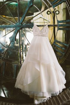 wedding dress - photo by Joey T Photography http://ruffledblog.com/modern-industrial-art-deco-editorial