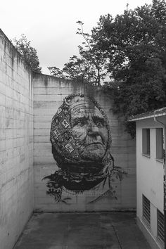 hendrik-ecb-beikirch-for-memorie-urbane-2015-12 this is awesome!