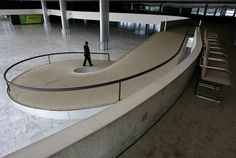 Principais Obras de Oscar Niemeyer - No Brasil e No Exterior - Interior do Palácio do Planalto, Brasília
