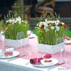 Stimmungsvolle Tischdeko für die Landhochzeit
