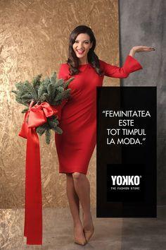 In noul an sa fiti bune, feminine, vesele si inspirate!  La multi ani!  Cu voioasa actriță Anca Dinicu <3