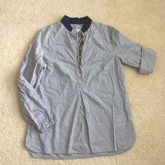 0039 Italy gray tunic size L 0039 Italy gray tunic • size L• lightweight• decorative button strip • sleeves can be shortened• hits top of thigh• contrasting navy blue mandarin collar 0039 Italy Tops Tunics