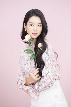 Korean Celebrities, Korean Girl, Kdrama, Actors & Actresses, Films, Handsome, Casual, Crafts, Beauty