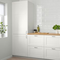 44 Magnificient Ikea Kitchen Design Ideas For Home To Try. Most Ikea customers are already familiar with the planner tools that Ikea provides. Ikea planner tools gives you a chance to become an Interi. Ikea Kitchen Storage, Ikea Kitchen Design, Laundry Storage, Garage Storage, Cosy Kitchen, Veneer Panels, Ikea Family, Kitchen Doors, Ikea Kitchen Cabinets