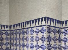 Champagne Blue Hand Painted tile with mosaic border tiles
