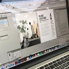 Making of: unsere Produktbroschüre ist endlich fertig  Wir sind ganz gespannt, was ihr davon haltet!!! Wer möchte sie sehen?? #kaellbielefeld #achtsam #januar2017 #interiordesign #produktkatalog #esgehtlos