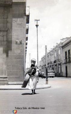 Fotos de Toluca, México, México: Escena Callejera Circa 1940
