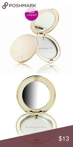 Jane Iredale Gold Compact Brand new in box! Jane Iredale Makeup