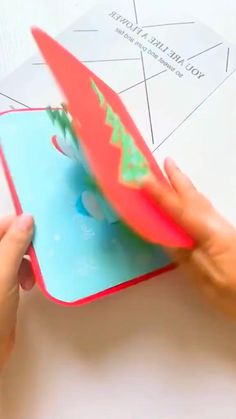 Cool Paper Crafts, Paper Crafts Origami, Diy Crafts Hacks, Diy Crafts For Gifts, Christmas Card Crafts, Holiday Crafts, Homemade Christmas, Homemade Cards, Greeting Cards