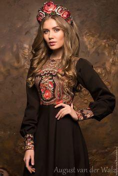 Сукня в Російському стилі  Август ван дер Вальс