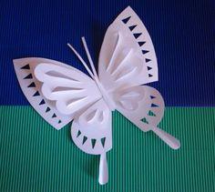 Manualidades como hacer mariposas de papel