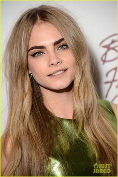 Blonde with darkish eyebrows! Love it