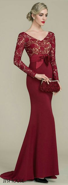 Add a touch of romance to your formal wear when you choose this burgundy mother of the bride dress with sweep train from JJ's House! Bridesmaid Dresses, Prom Dresses, Formal Dresses, Formal Wear, Dress Brokat, Red Evening Gowns, Groom Dress, Mermaid Dresses, Beautiful Gowns