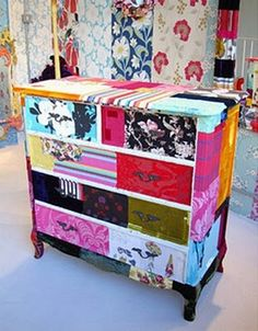 You don't have to be a quilter to fall in love with the patchwork furniture. I'd love to have this dresser in my home. Funky Furniture, Furniture Decor, Painted Furniture, Decoupage Furniture, Wallpaper Crafts, Dresser Storage, Funky Home Decor, Old Dressers, Patchwork Designs