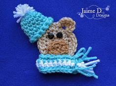 Crochet Bear Jaime D. Designs: Winter Bear Ornament or Applique FREE pattern Crochet Car, Crochet Gifts, Cute Crochet, Beautiful Crochet, Crochet Dolls, Crochet Hoodie, Crochet Things, Appliques Au Crochet, Crochet Motif