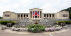 i went to Buff State and haunted this place on an almost daily basis...Albright Knox Art Gallery