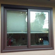 Tips for Painting Vinyl Windows Check out my tips for painting vinyl windows. Find out if it's a good idea to even paint your vinyl windows, or replace them instead. Metal Window Frames, Vinyl Window Trim, Metal Windows, House Windows, Black Windows, Vinyl Trim, Big Windows, Painting Vinyl Windows, Painting Aluminum Siding