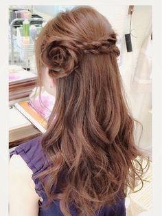 お花ハーフアップ - 24時間いつでもWEB予約OK!ヘアスタイル10万点以上掲載!お気に入りの髪型、人気のヘアスタイルを探すならKirei Style[キレイスタイル]で。