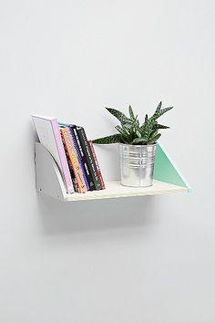 Étagère en bois vert menthe et blanc - Urban Outfitters - 35€