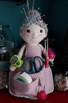 Crochet Organizer, Crochet Dolls, Pin Cushions, Knitting Projects, Organization, Children, Crafts, Craft, Dressmaking
