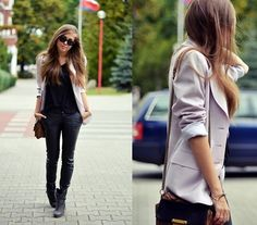 leather pants! http://lookbook.nu/look/3984064-time-for-leather-pants