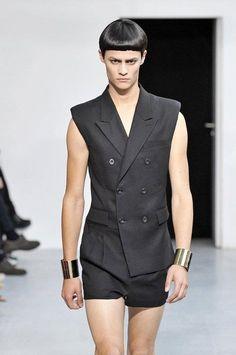 Juun J. Stylish Mens Fashion, Fashion Men, Juun J, Turtleneck T Shirt, Mode Masculine, Short Shorts, Coffee Recipes, Writing Prompts, Men's Style