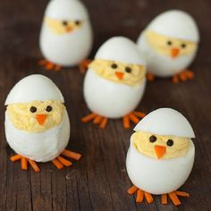 Skip the plain old deviled eggs for these adorable hatching chicks. They're sure to be the hit of your Easter brunch Skip the plain old deviled eggs for these adorable hatching chicks. They're sure to be the hit of your Easter brunch Easter Lunch, Easter Eggs, Easter Food, Easter Snacks, Easter Desserts, Easter Recipes, Holiday Recipes, Egg Recipes, Easter Ideas