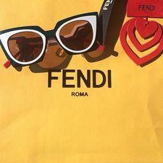 Fendi Orchid: em breve você encontrará nas Óticas Wanny. Então não perca tempo, reserve já o seu! #oculos #de #sol #sunglasses #online #shop #runway #love