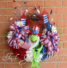 Kermit the Frog Muppet Patriotic Wreath, Summer 4th July Wreath, Uncle Sam, Independence Day, Memorial Day Floral, Hydrangea, Daisy by IrishGirlsWreaths on Etsy