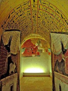 Tomb of Pashedu at Deir el-Medina Photography © Soloegipto