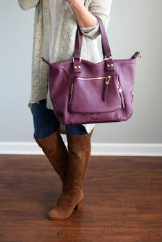 Stitch Fix Review October 2016: Urban Expressions Torrey Zip Detail Satchel |www.pearlsandsportsbras.com|