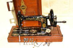 Antique SINGER 48K Hand crank sewing machine 1904 +  attachments. Ottoman  #Singer