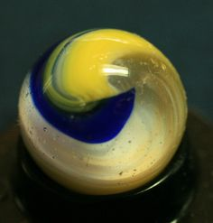 Akro Agate Tri-Onyx Popeye Spiral Marble Blue, Yellow and White | eBay