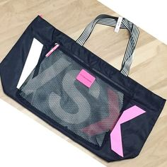 """✨VDAY SALE✨Victoria's Secret Sport Tote Beautiful large Victoria's Secret Sport tote with zippered closure and a see through zippered pocket on front. Brand new with tags and original packaging. Falls right under 26"""" in length when measured in the middle. •No Damages•No Trades•No PayPal• Victoria's Secret Bags Totes"""