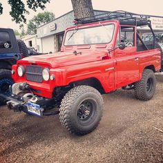 Mint vintage Nissan Patrol at Bullhide Offroad in Colorado complete with old WARN Belleview winch
