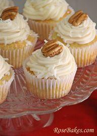 Italian Cream Cupcakes - http://cupcakes.worldbestfoodrecipes.com/italian-cream-cupcakes/