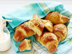 Vaniljasarvet, alkaen 1 v. Tasty Pastry, Pretzel Bites, Yummy Food, Bread, Sweet, Recipes, Drink, Candy, Beverage