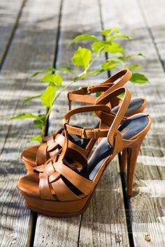 Brown platform heels - so gorgeous