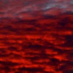 Και ποιός νοιάζεται για τους ουρανούς σου Και ποιός καίγεται, ποιός πόνεσε αν έχουν βαφτεί με το χρώμα της ίδιας αγάπης. (p.n.) #InP #poetry