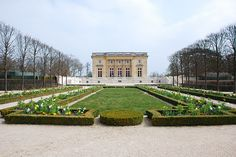 El pequeño Trianon del Palacio de Versalles, construido para la reina Maria Antonieta de Francia. -  The little Trianon of Versalles Palace constructed for the queen Marie-Antoinette of France.