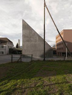 Valerio Olgiati . Plantahof Auditorium . Landquart
