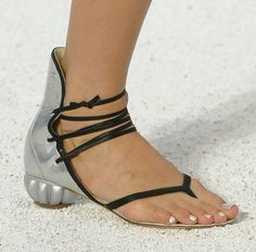 The Terrier and Lobster: Chanel RTW Spring 2012 Shell Bags, Sea Urchin Heels, Shell Jewelry, and Pearl Makeup