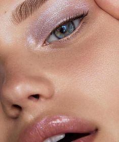 Eye Makeup Tips – How To Apply Eyeliner – Makeup Design Ideas Makeup Goals, Makeup Inspo, Makeup Inspiration, Makeup Tips, Eye Makeup, Hair Makeup, Makeup Ideas, Glow Makeup, Makeup Tutorials