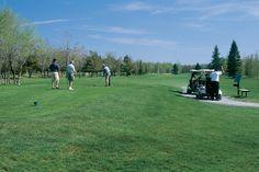 Découvrez des terrains somptueux pour l'organisation de vos tournois de golf à proximité de Montréal à Terrebonne et Mascouche.