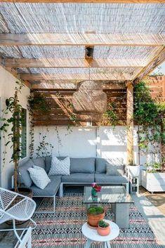 Diy Pergola, Rustic Pergola, Deck With Pergola, Deck Patio, Patio Table, Modern Pergola, Covered Pergola, Modern Patio, Small Pergola