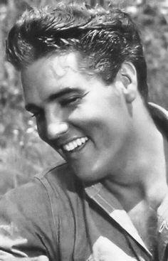 Elvis Presley Photo: That Beautiful Smile