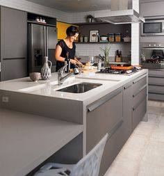 Kitchen Island Ideas - The kitchen island is the ideal location to stabilize congregation and splitting up. Photos Of Best Modern Small Kitchen Islands Home Decor Kitchen, New Kitchen, Home Kitchens, Kitchen Dining, Kitchen Decorations, Modern Kitchens, Modern Kitchen Design, Interior Design Kitchen, Cuisines Design