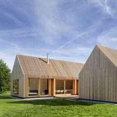 Kühnlein Architektur : Wohnhaus aus Holz - ArchiDesignClub by MUUUZ - Architecture & Design