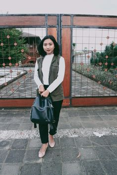 #student #outfit #ootd #woman #girl #simple #casual #indonesia